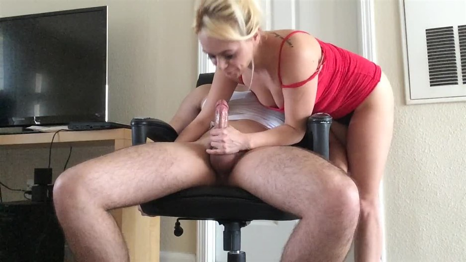Blindfolded muscle stud gets his huge cock edged by big ass Brazilian Milf!